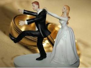Сувенирные фигурки жениха и невесты