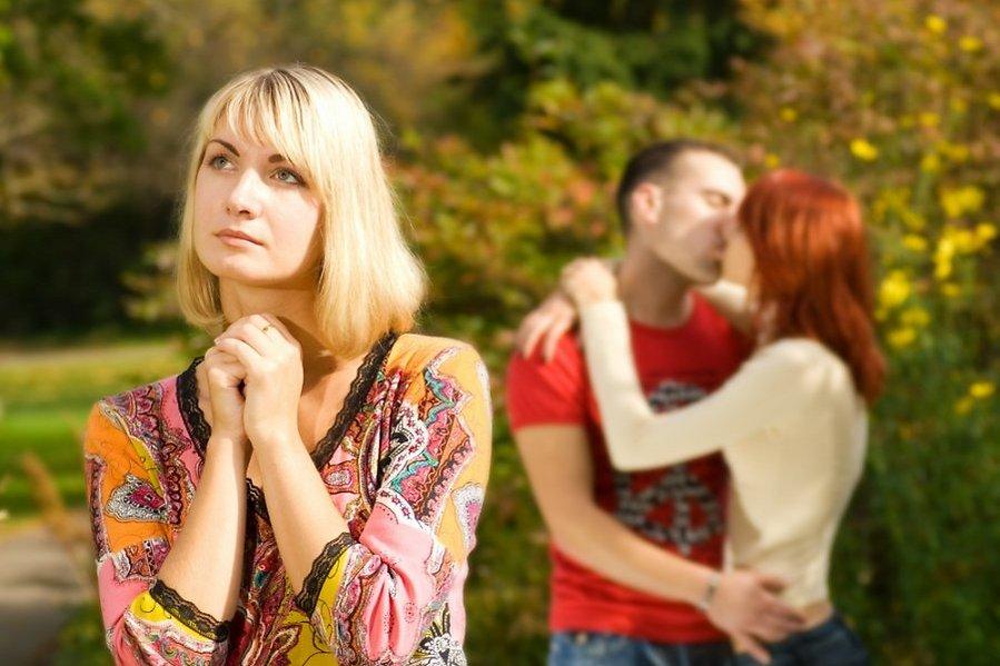 Как вернуть мужа от любовницы в семью советы психологов